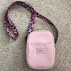 🌸VICTORIAS SECRET CROSSBODY🌸